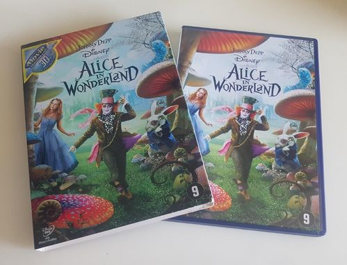 Alice in Wonderland met Johnny Depp Disney DVD